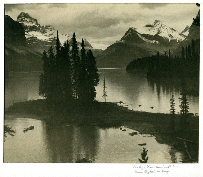 Caption Malique Lake Canadian Rockies Queen Elizabeth Mt