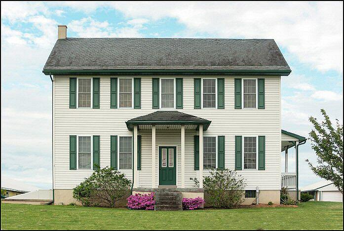 Farm House and Porch3