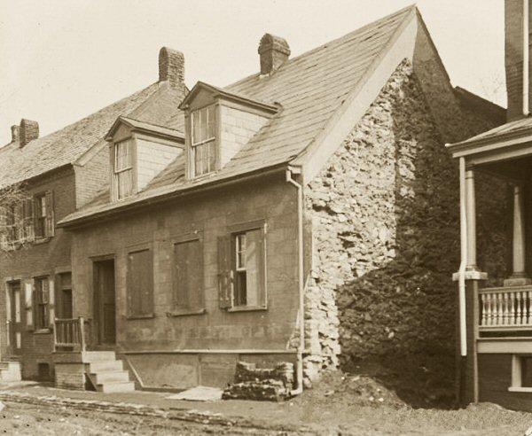 Stone House 33--133