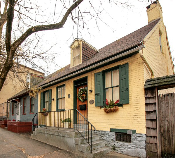 356 South Queen Street House 352343